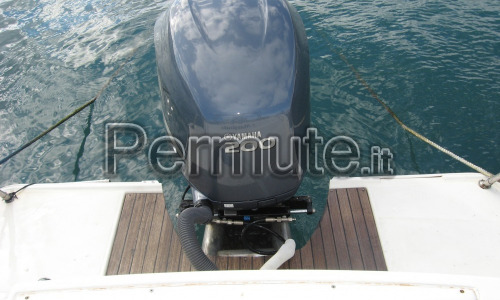 WA Coverline mt.7 con FB Yamaha 200 cv 4 Tempi