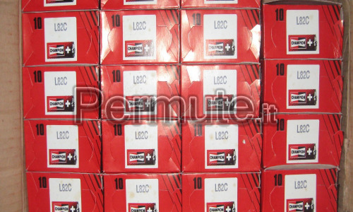 Candele Nuove Passo Corto Champion L82C,= a(NGK B7HS)