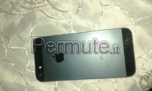 iPhone 5 16 gb originale accetto scambi