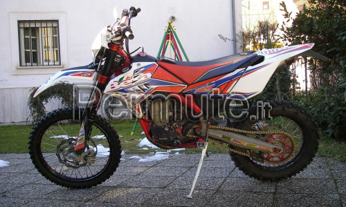 SCAMBIO MOTO ENDURO BETA 450 FACTORY 2011