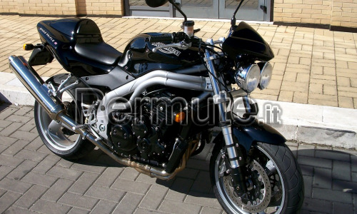 Triumph Speed Triple 955i - Scambio