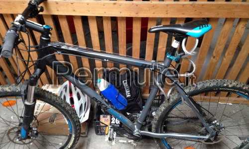 MOUNTAIN BIKE ROCKRIDER 8.1 XL + 10 accessori