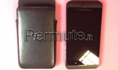 BlackBerry Z10 nero pluriaccessoriato