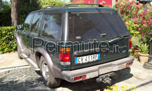 ford explorer con impianto metano richido €9.500