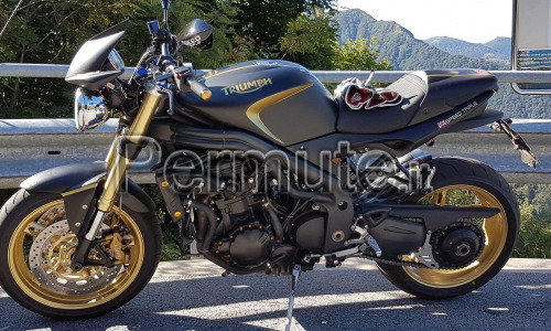 Scambio moto speed triple