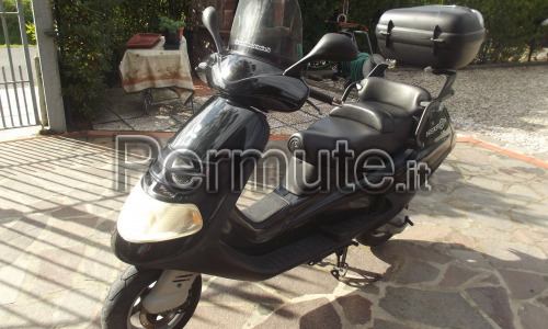 Piaggio Hexagon 125 in perfetta efficenza ,km . 23000 originali