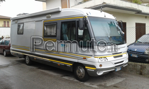 Motorhome VAS 740 NewLineStar patente C full optional , vendo o scambio con camper valore 40000€