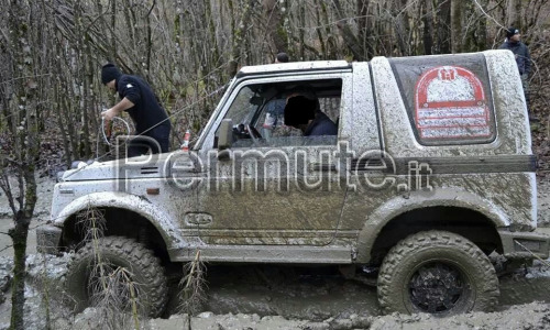 Suzuki Samurai 1.3ie (leggermente preparato per OFF-Road)