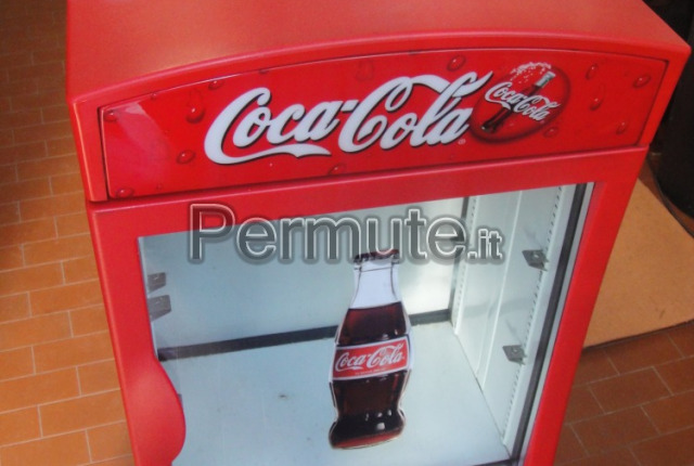 Frigo vetrina coca cola tx75 regardsdefemmes for Mini frigo usato